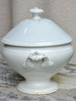 Antique French soup tureen - Lunéville stoneware