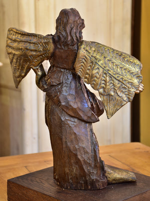 17th century Angel sculpture from a French church with a modern twist – 1/2
