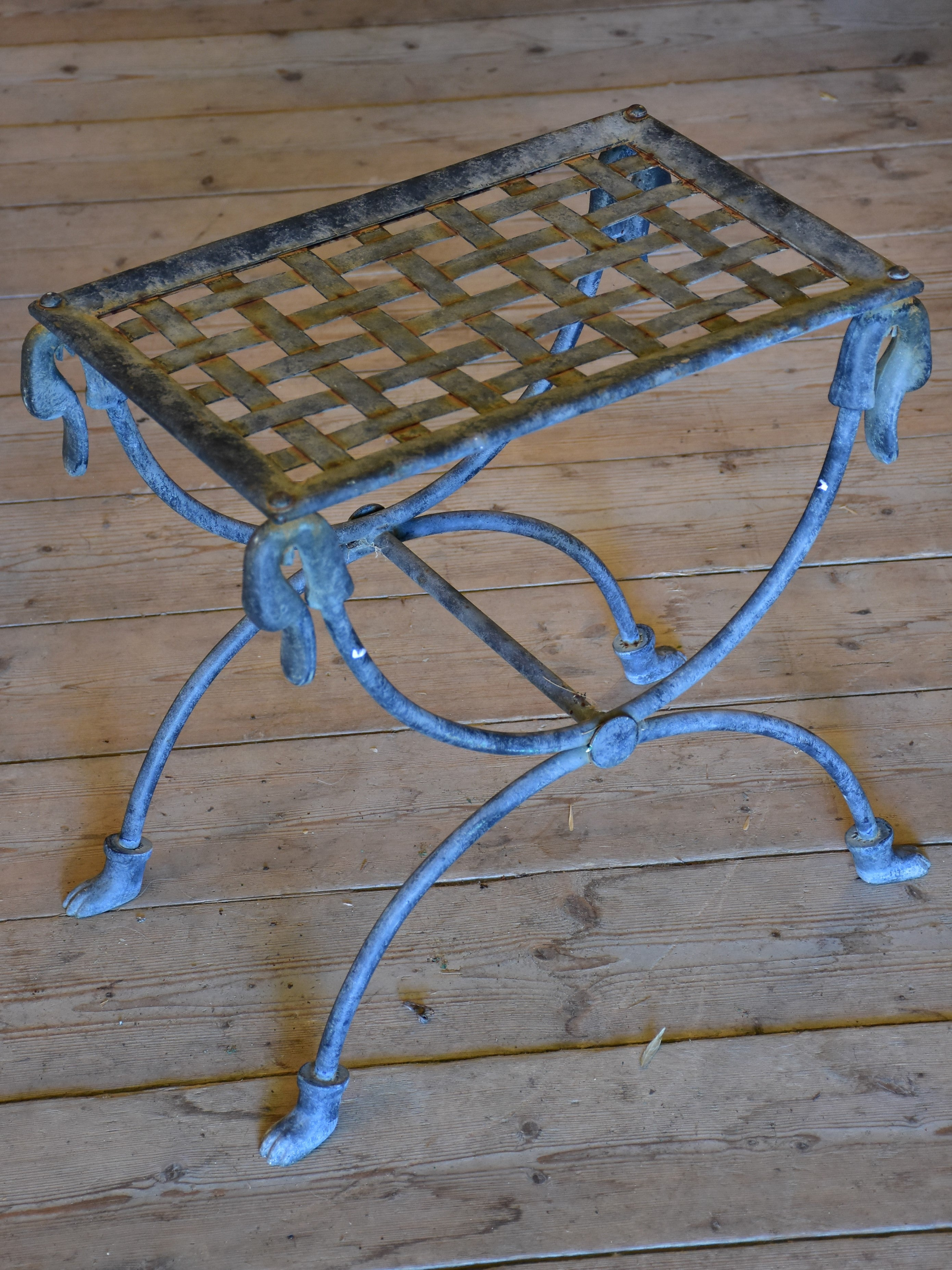 Vintage Iron French 'x' chair