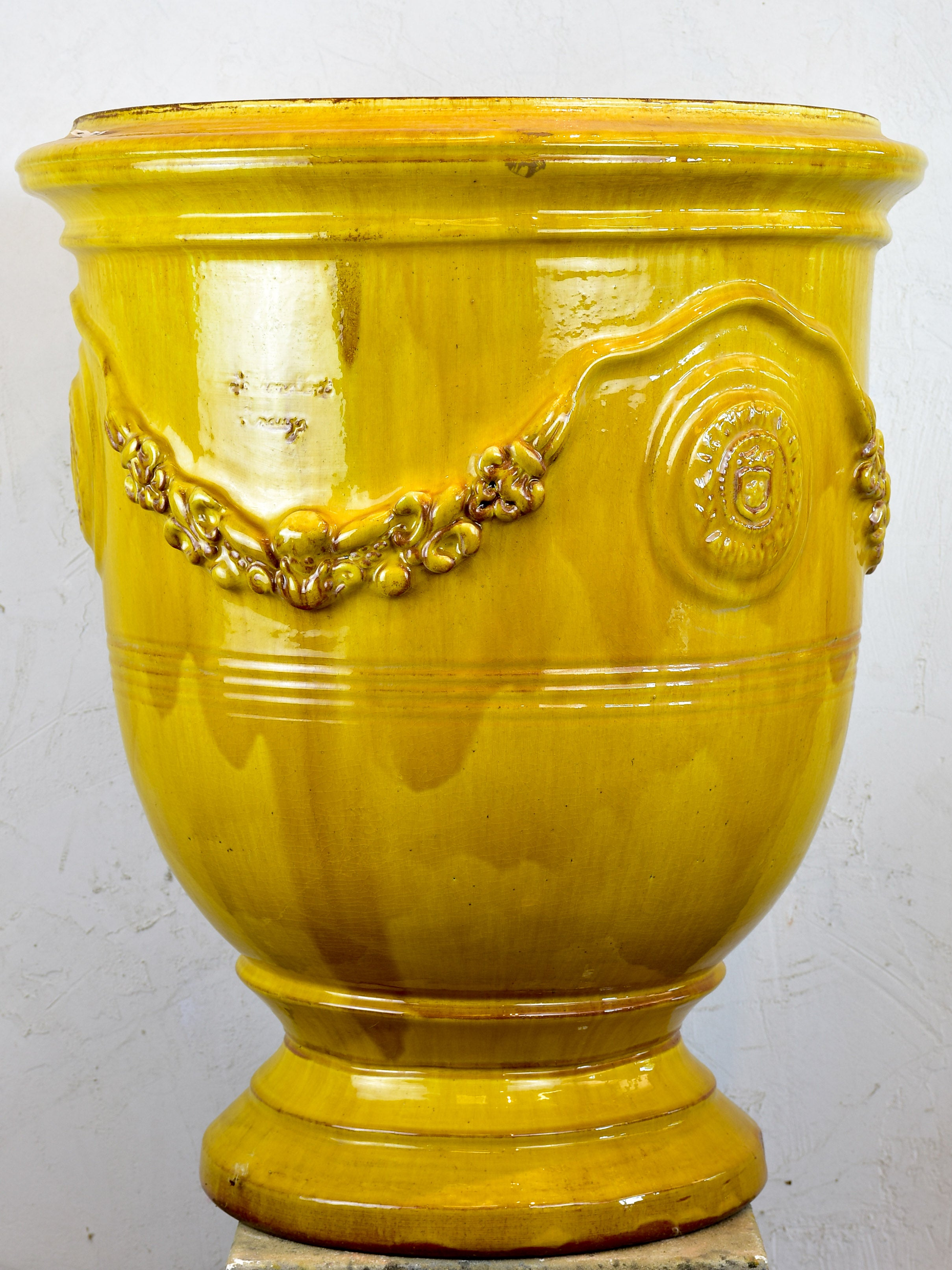 French Anduze garden urn - honey
