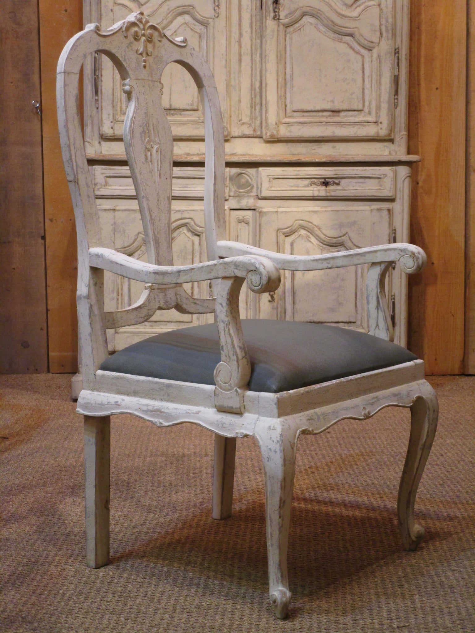 Oak Chippendale armchair patina