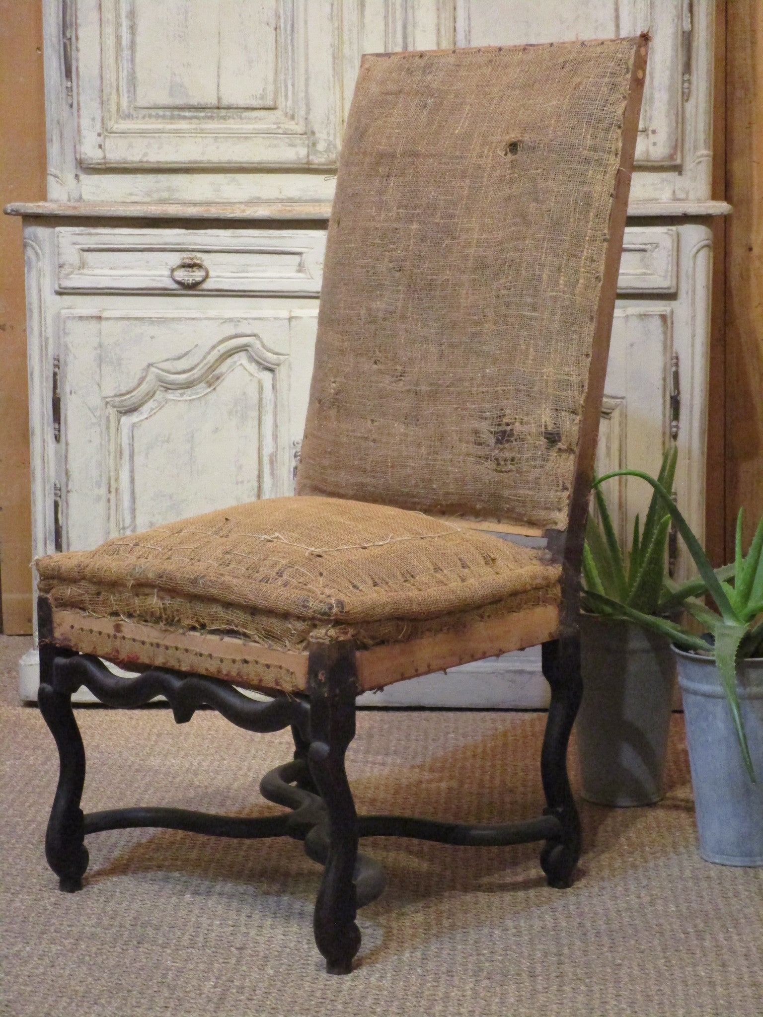 Louis XIII hessian chair french