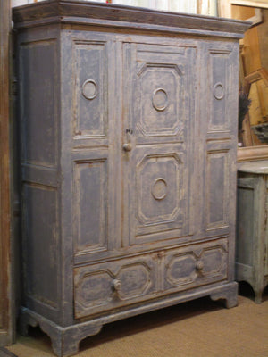 Early 18th century french oak voyage armoire rare