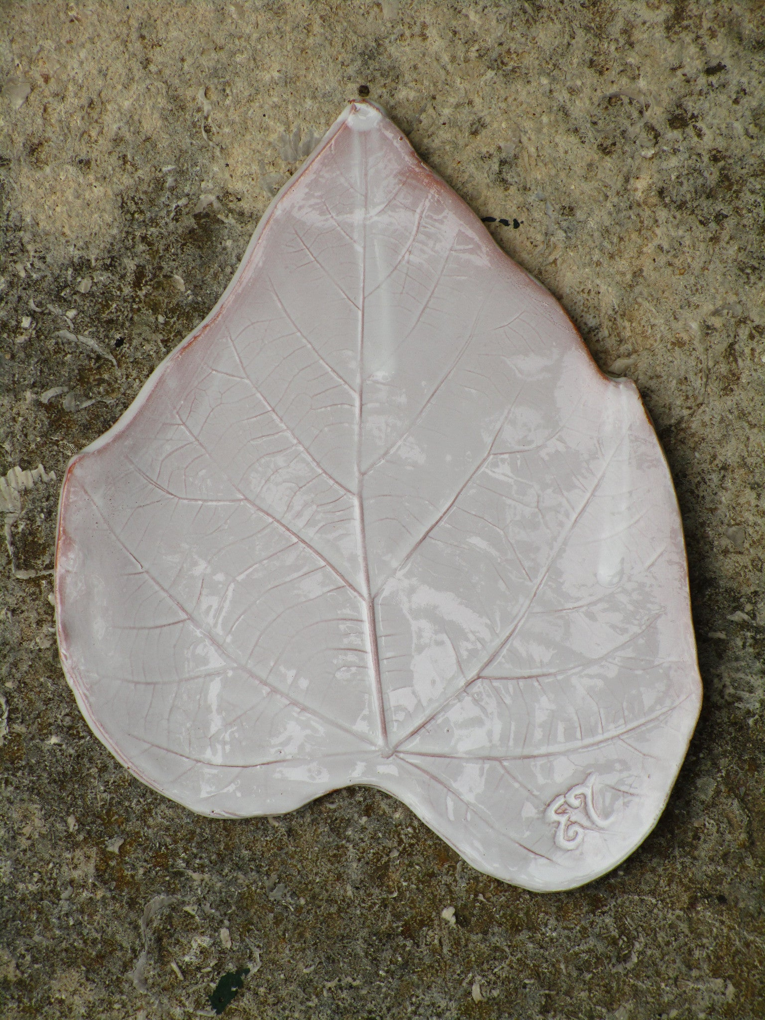 french bespoke tilleul leaf plate
