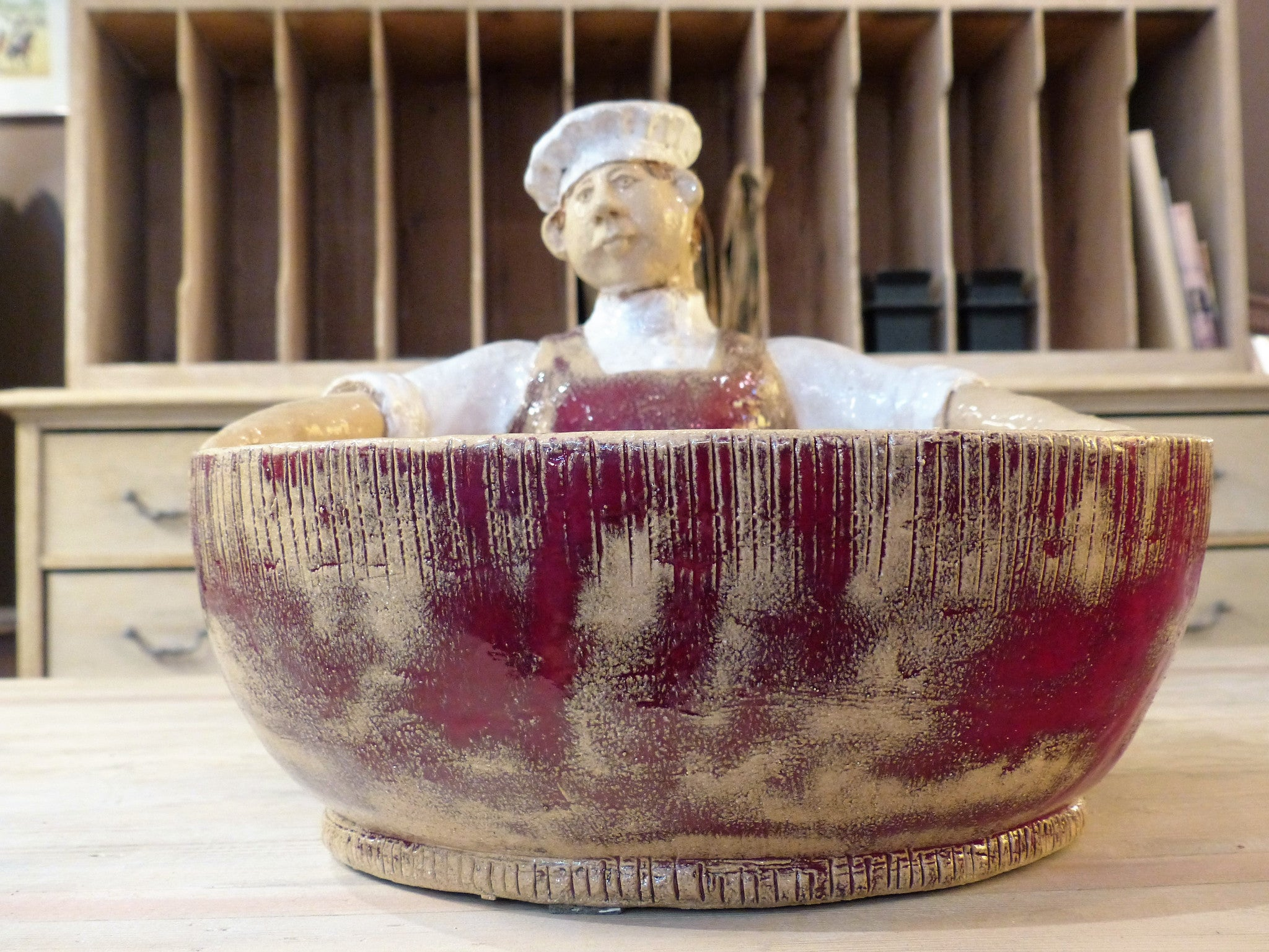 """Louis le chef"" sculptural salad bowl"