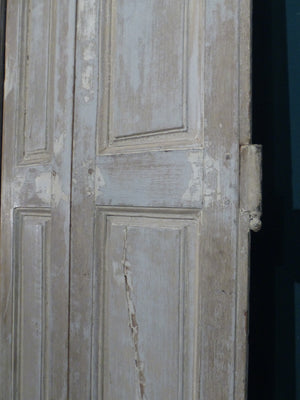 Pair of 19th century shutters with white patina farm