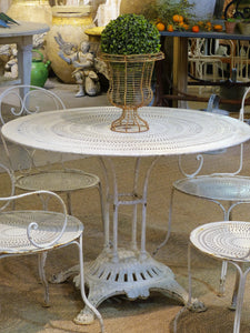 Round French garden table with 4 chairs - 1920's