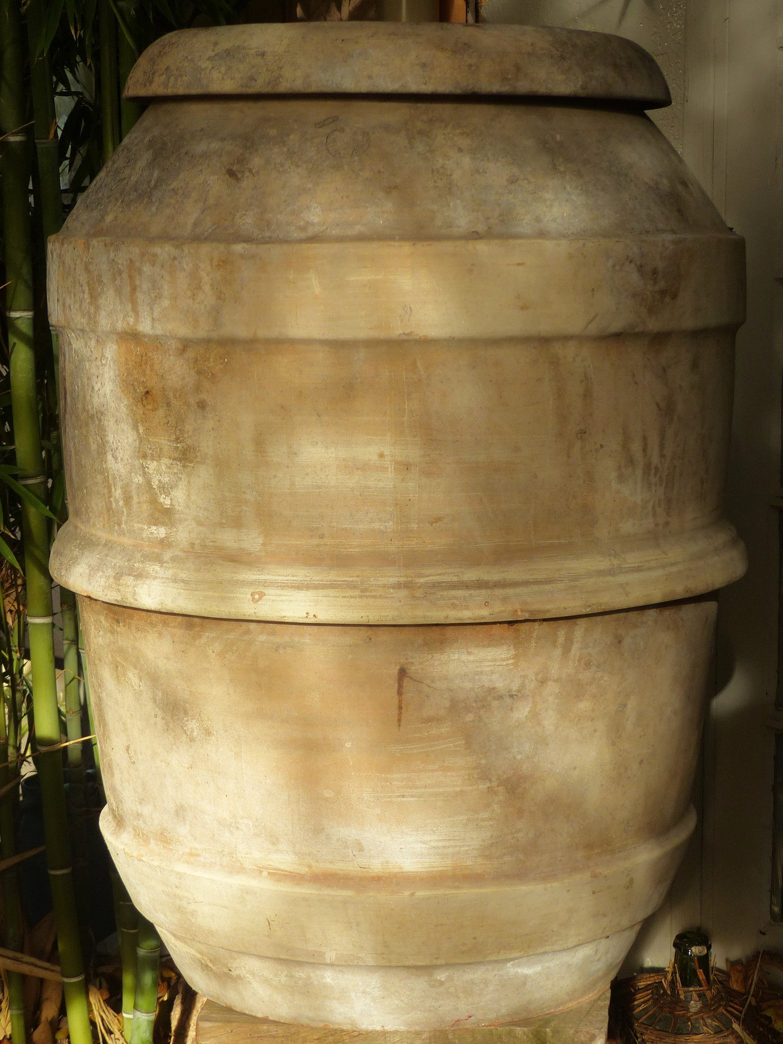 Extra-large Italian terracotta pot