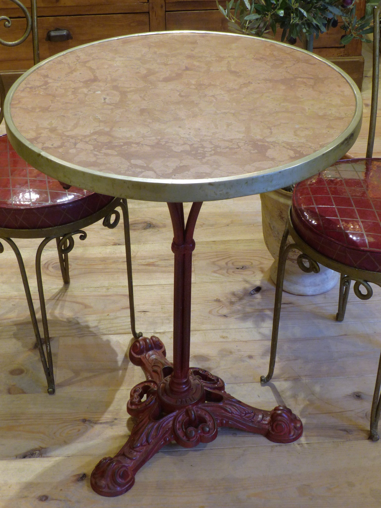 Round marble top bistro table with red stand - Paris