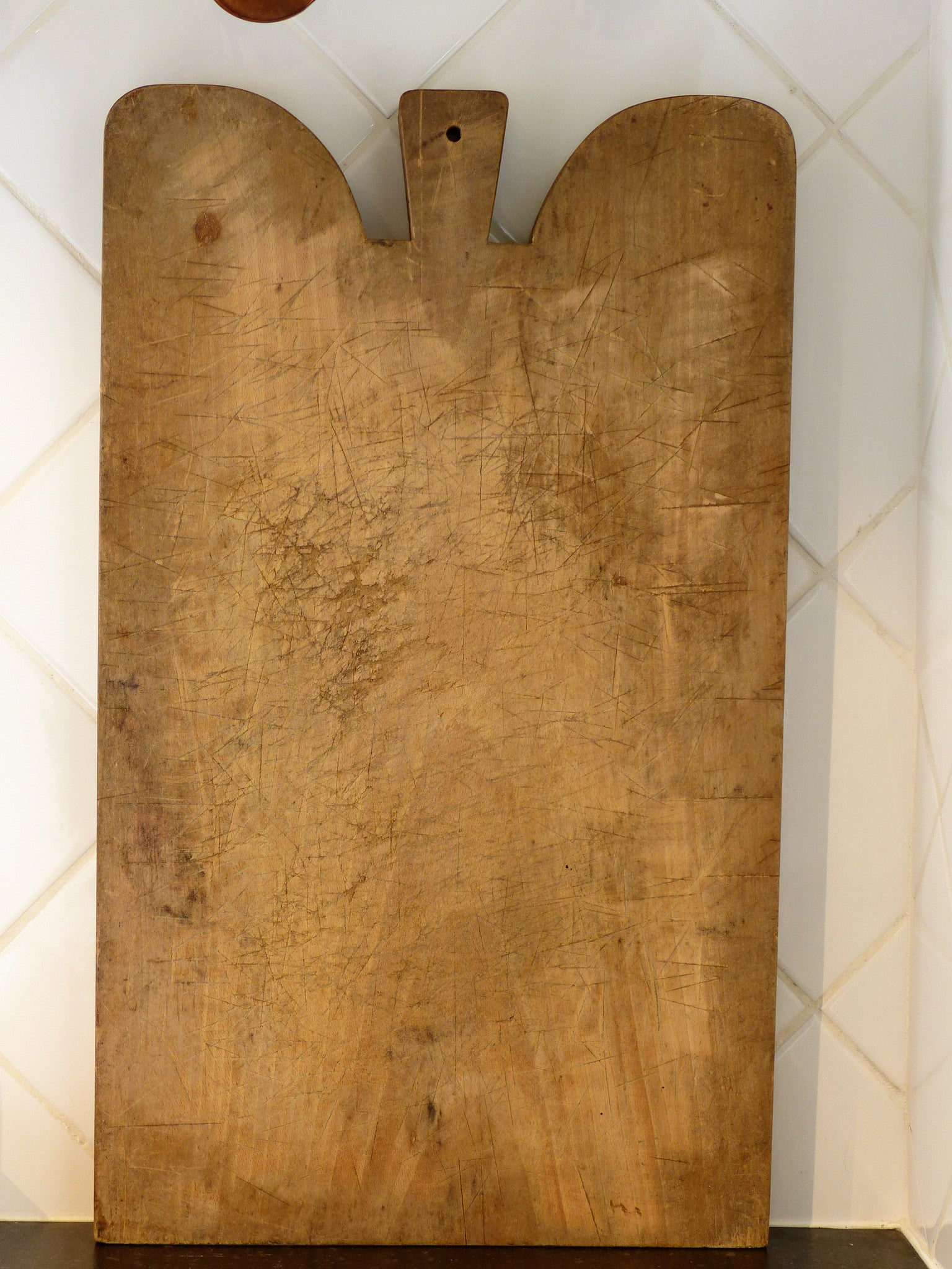 Large chunky French cutting board