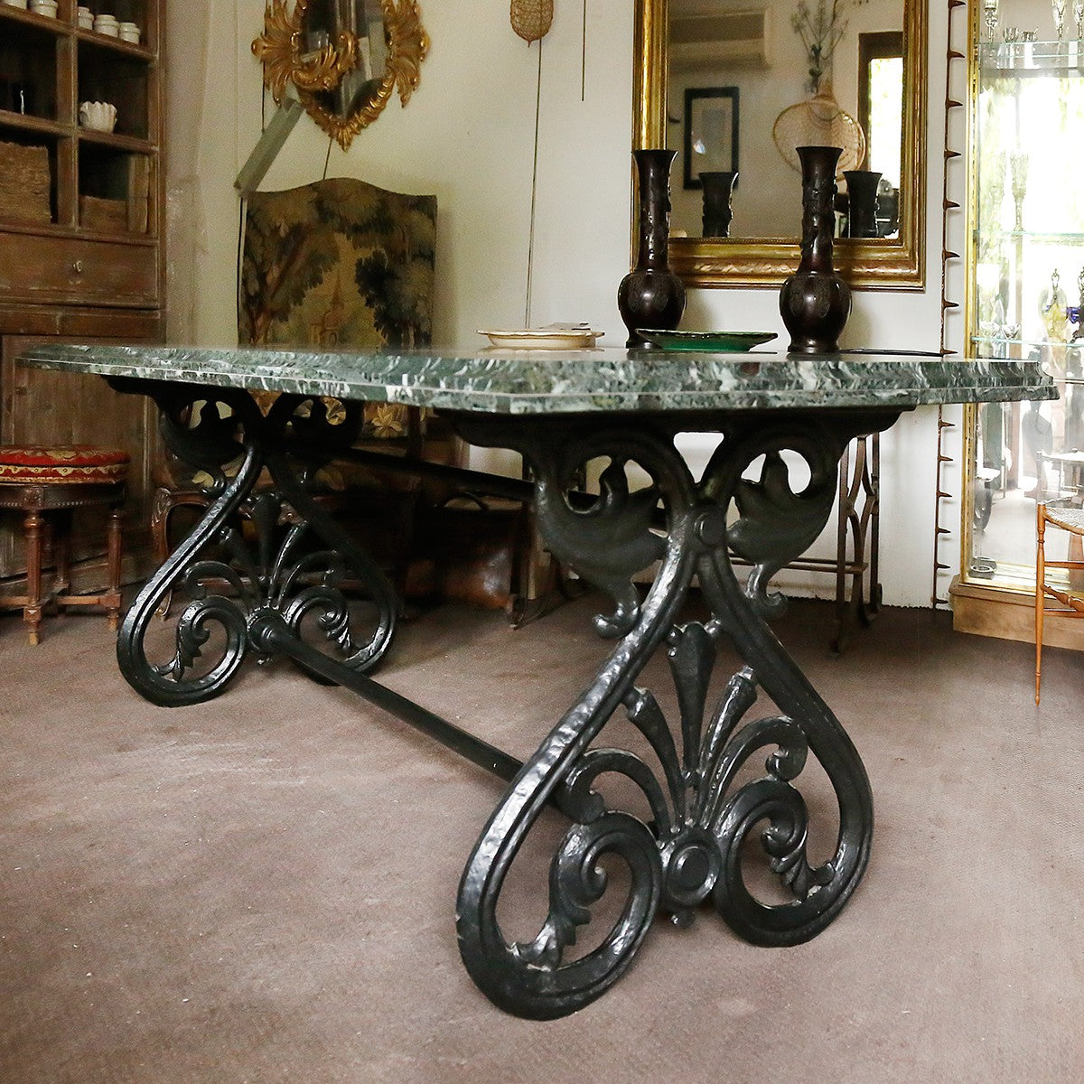 20th century French table in Cast Iron and Marble