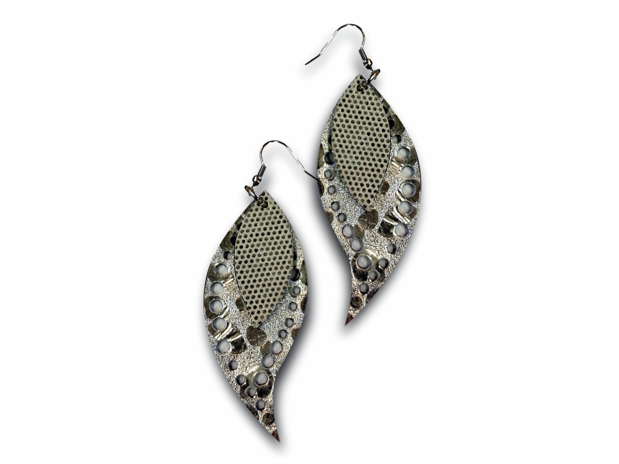 Handmade leather drop earrings LEAVES (silver/shiny silver/glitter)
