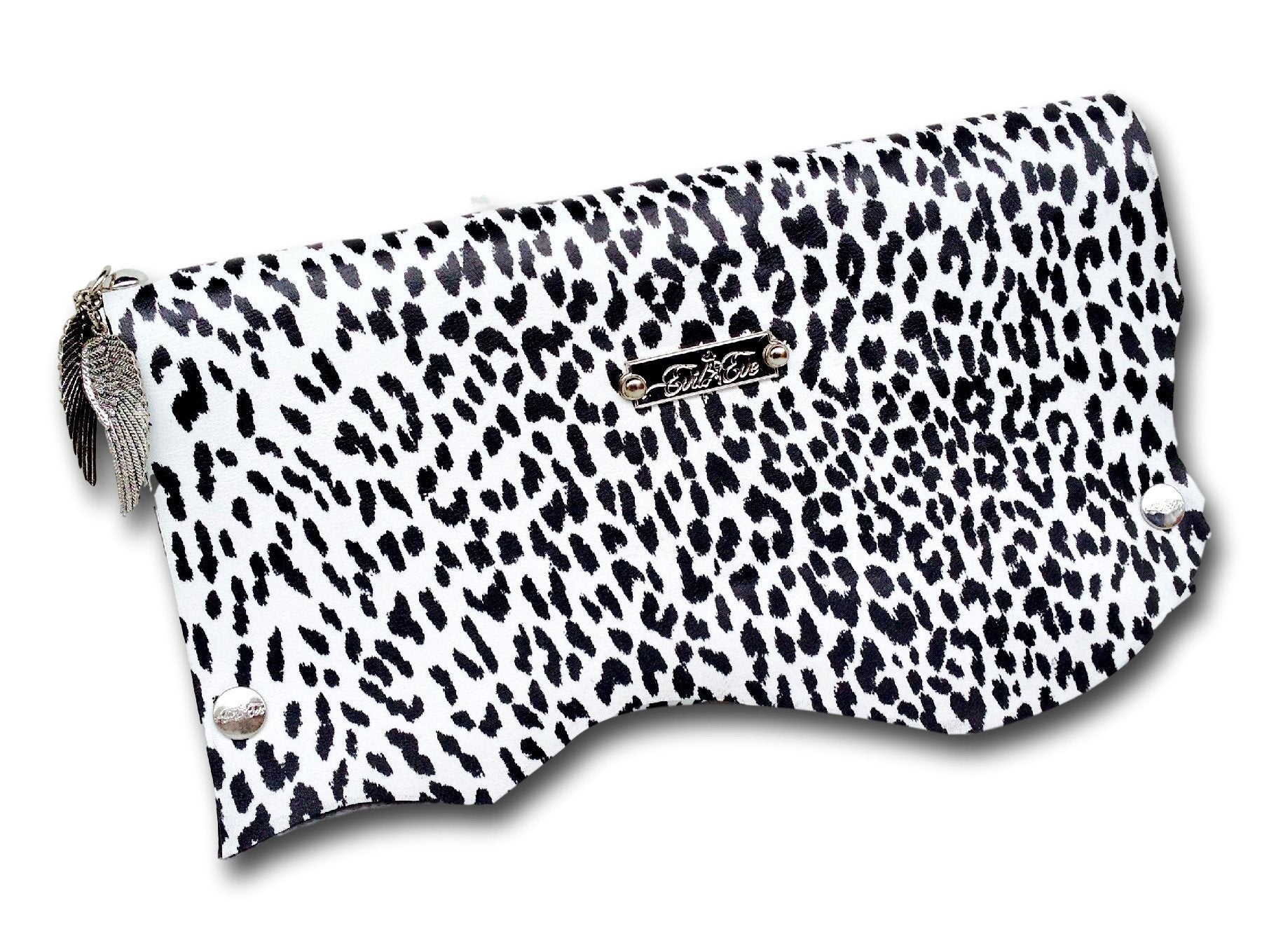 Handmade leather clutch (black/white)