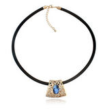 Donna - Crystal & Gold Vintage Retro Choker Necklace - LA MIA CARA JEWELRY - 2