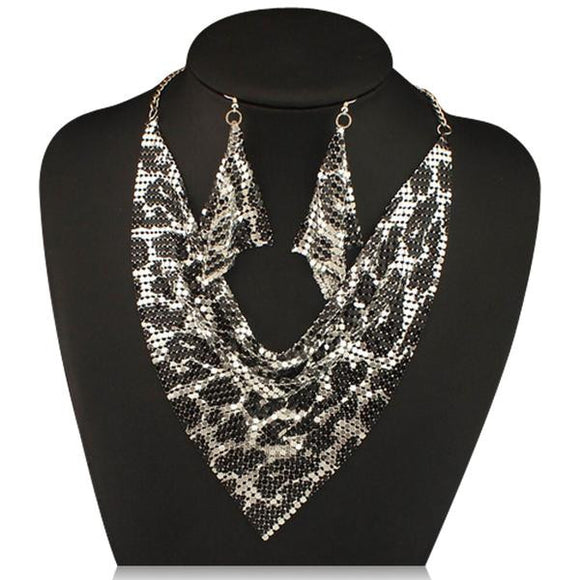 La Mia Cara Jewelry - Noe Leopard - Shining Metal Choker Statement Necklace & Earrings Set
