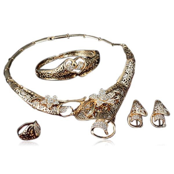 Nuria - Big Flower Crystals Gold Necklace & Earrings & Bracelet & Ring Set - LA MIA CARA JEWELRY - 2
