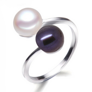 La Mia Cara Jewelry -Perla Duo - Black & White Fresh Water Pearl Silver Solitaire Ring
