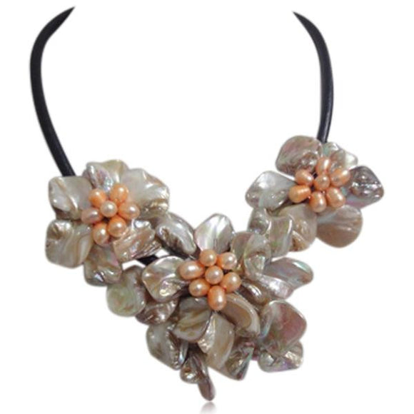 La Mia Cara - Perla Mirabella White - Shell Flower Cultured Pearl Necklace Leather