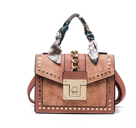 La Mia Cara Jewelry - Cognac Donna d'Affari- Leather Strap Flap Chain Crocodile Crossbody Bags