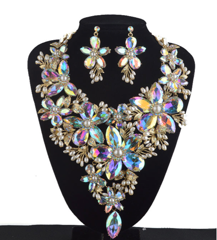 La Mia Cara Jewelry - Sita Devi 3 -Magical Maharani Jewels - Crystal Necklace & Earrings Set