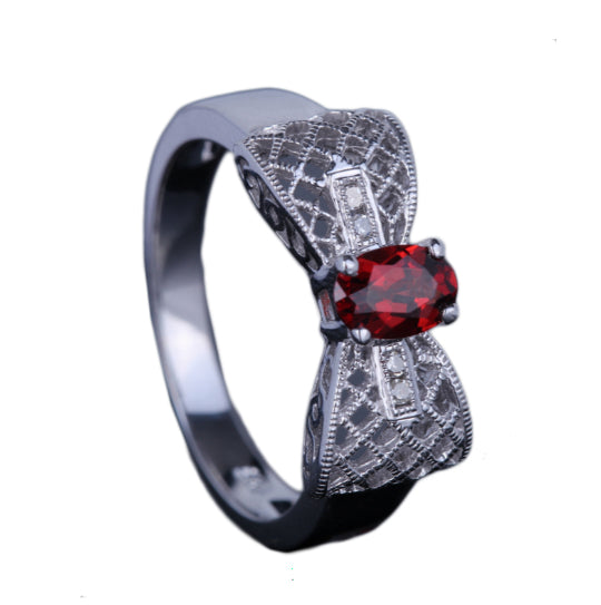 LA MIA CARA - Armide - Garnet and Diamonds White Gold Ring
