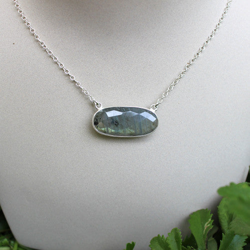Labradorite the Beautiful Irridescent Stone