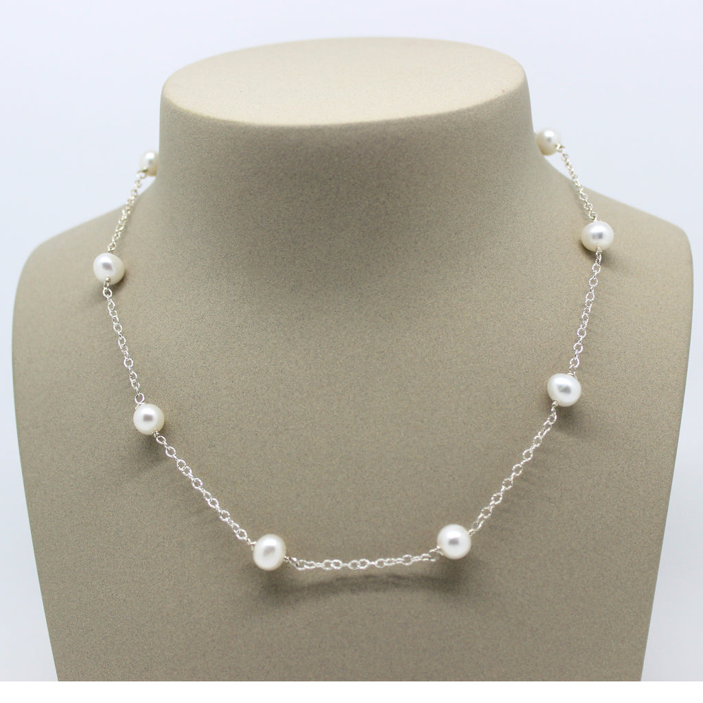 Anna Pearl Necklace