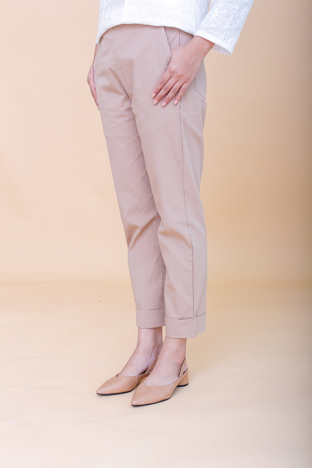 Riley Medium Pencil Cuffed Pants Tan