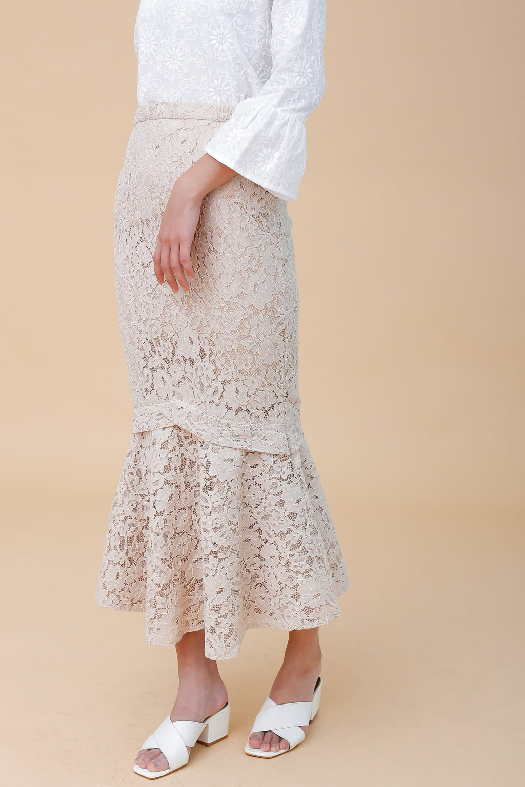 Elise Lace Skirt Beige
