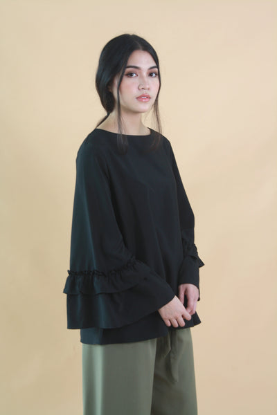 Ruffle Sleeved Oversized Top Black