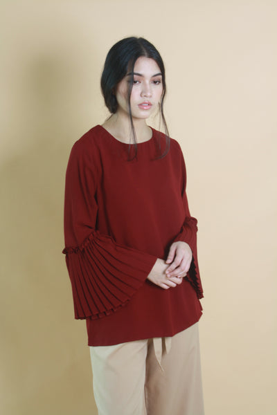 Pleated Sleeved Crepe Top Maroon