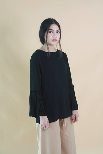 Pleated Sleeved Crepe Top Black