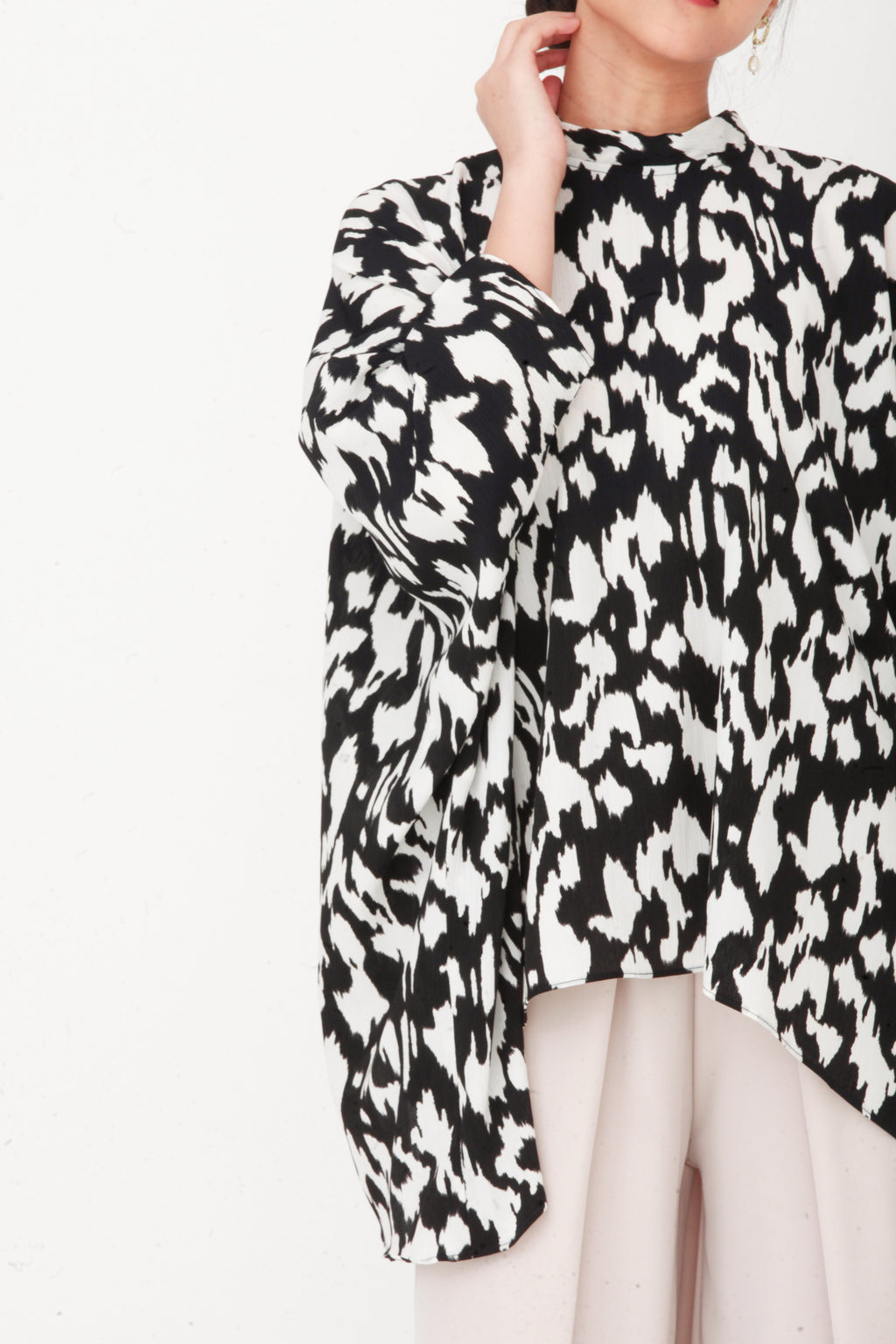 Imelda Printed Oversized Top Black