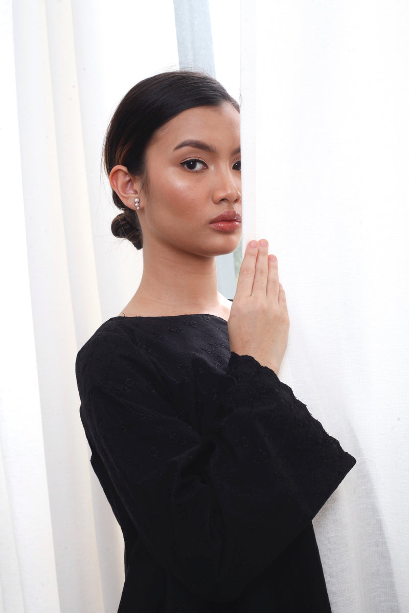 Cempaka Embroidered Top Black