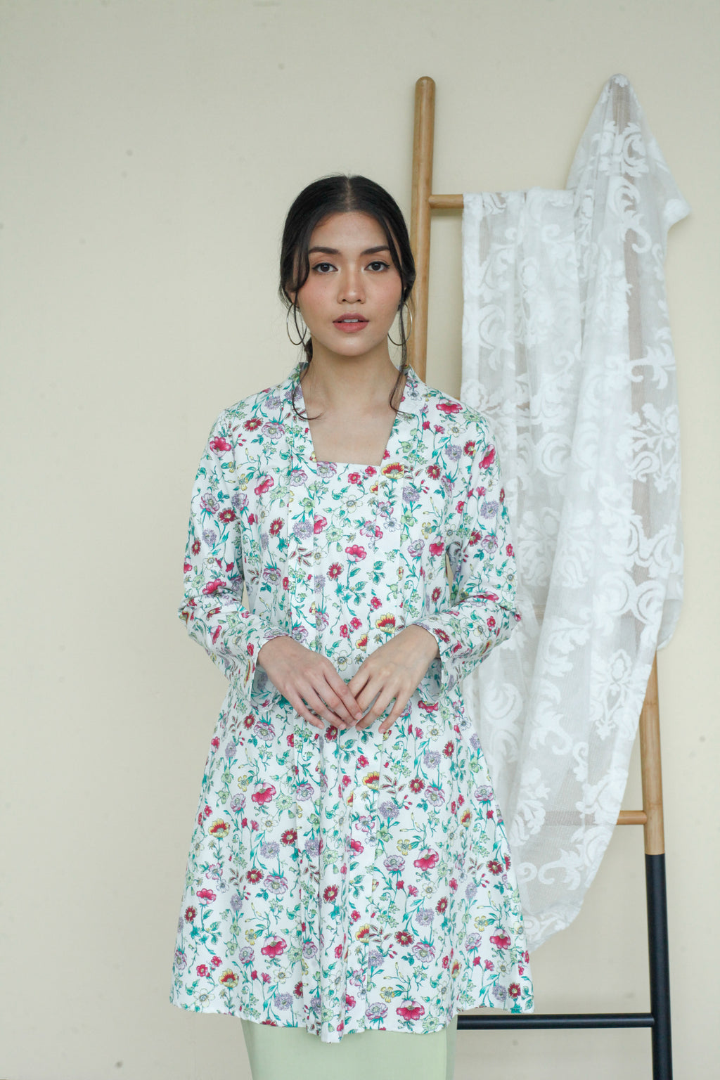 Kameela Floral Cotton Kebaya Top Green