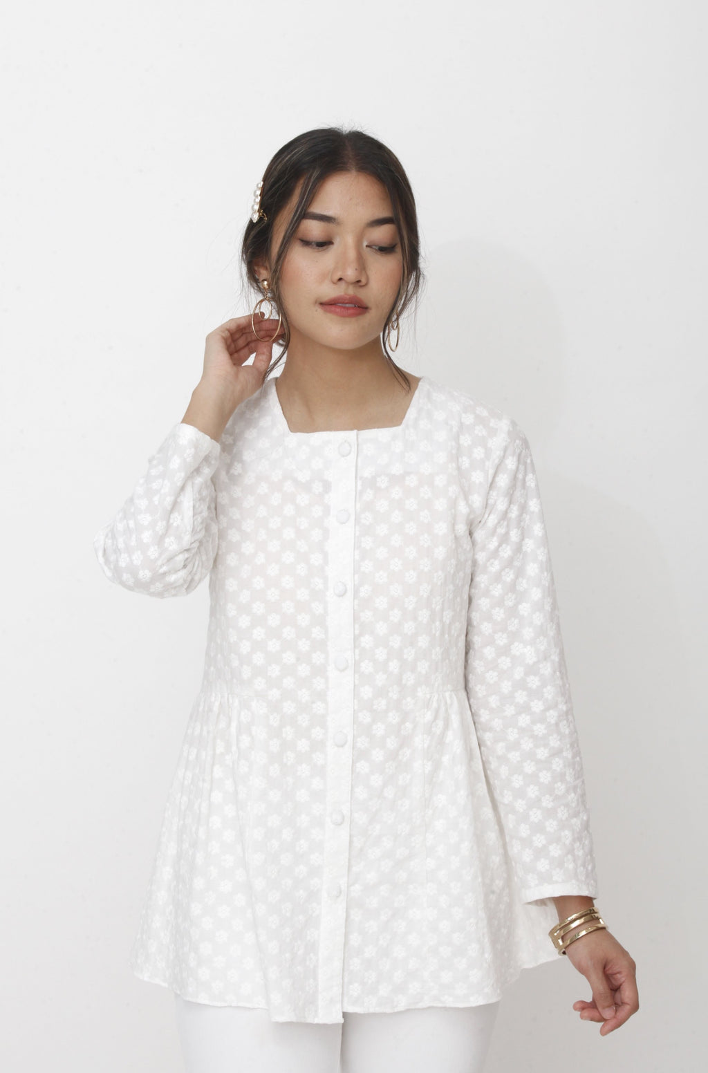 Dahlia Embroidered Top White