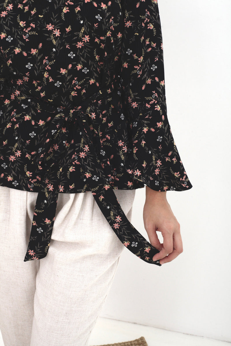Lara Floral Sash Top Black