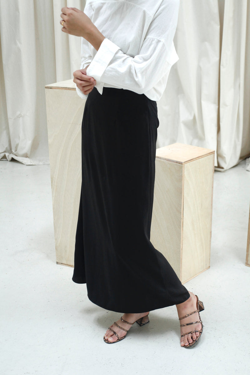 Andrea Satin Skirt Black