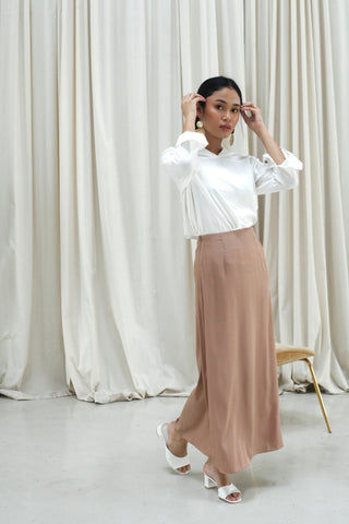 Nia Plain Skirt Black