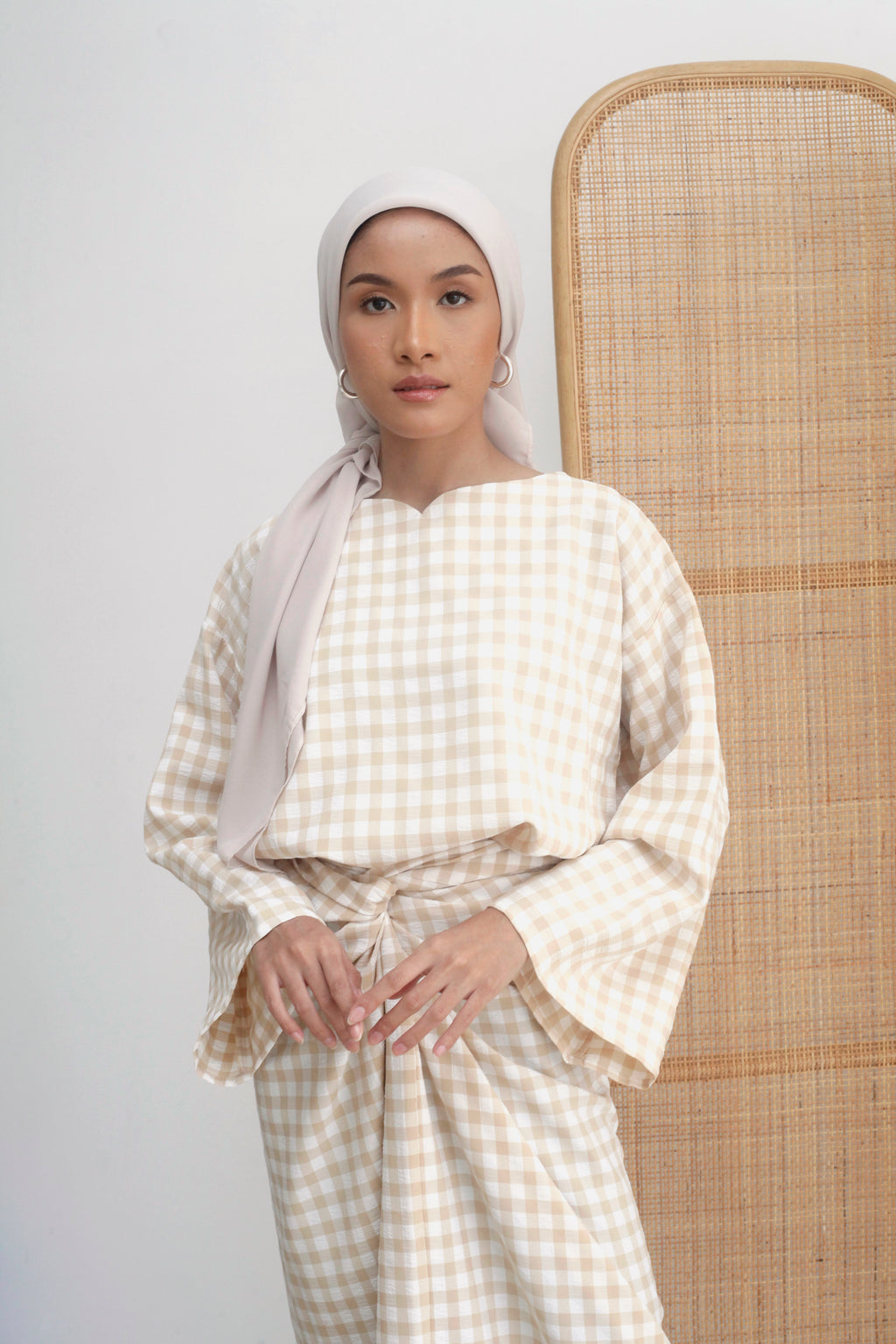 Alani Checkered Top Beige