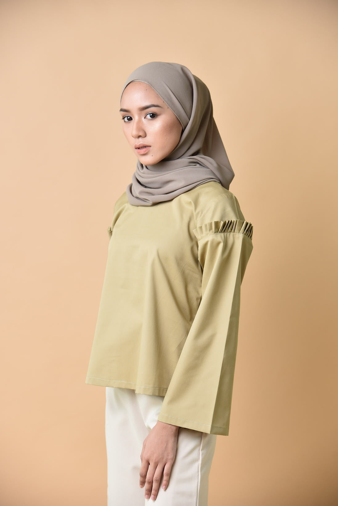 Iris Pleated Sleeved Top Olive