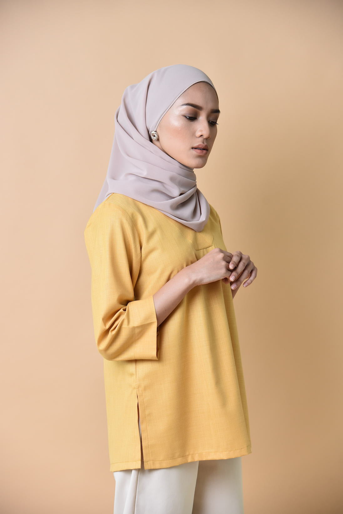 Rose V neck Midi Top Mustard