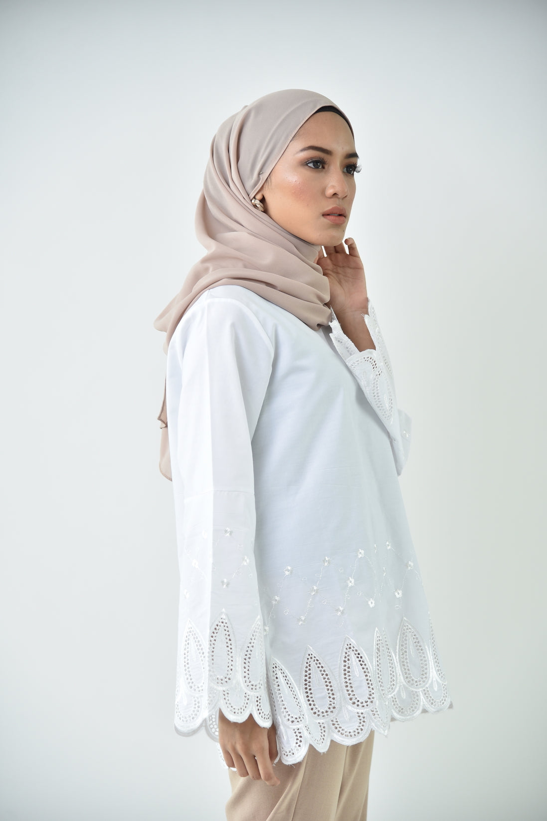 Embroidery Cotton Oversized Top White