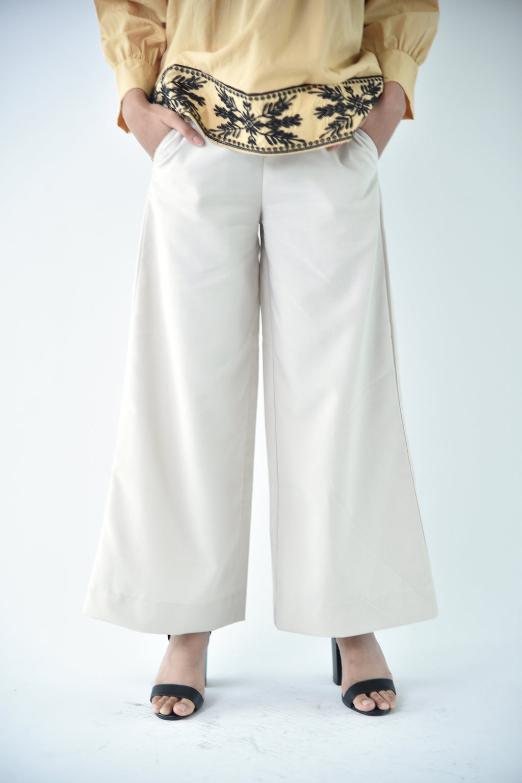 Cotton Wide Legged Pants Beige