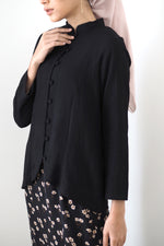 Rei Button Top Black