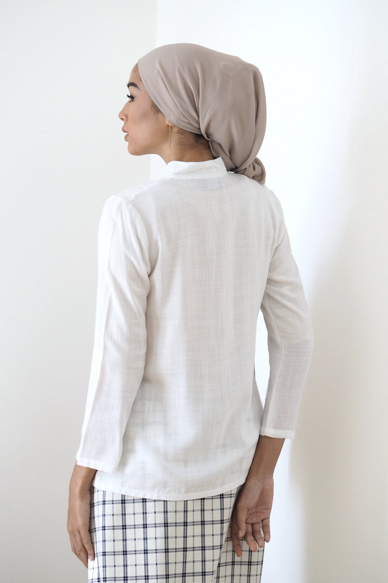 Rei Button Top White