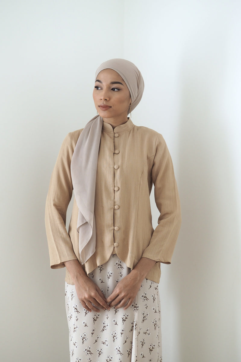 Rei Button Top Brown