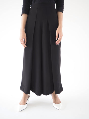 Front Pleat Culottes Black