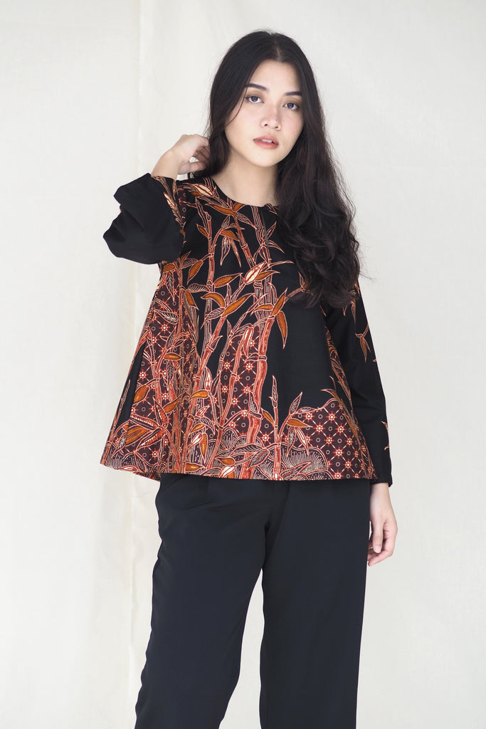 Suri Batik Top Bamboo Black