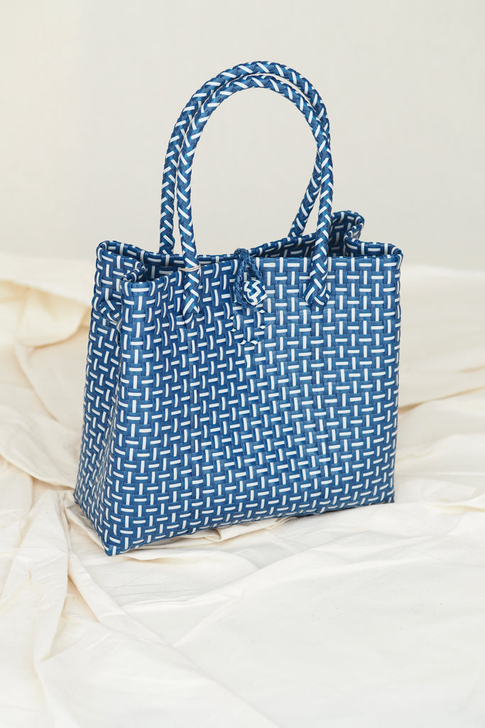 Anyaman Plastic Tote Extra Small Blue